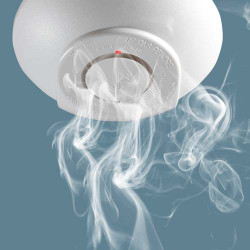 Détecteur de fumée photo-électrique autonome