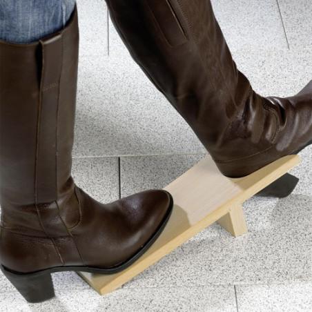 Tire-bottes et chaussures