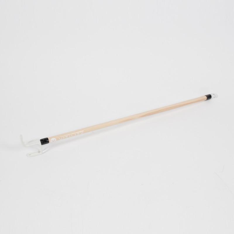 Bâton d'aide à l'habillage en bois