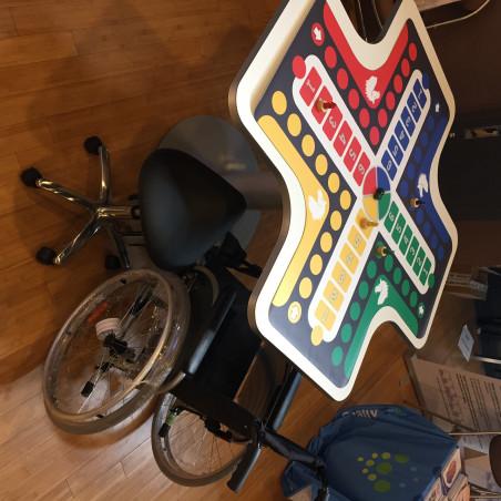 Table ergonomique Trèfle