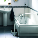 Marchepied poignée de bain